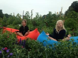 Zen in de Kinderyogatuin - kinderyoga - tieneryoga - familieyoga - yoga zomerkamp - familieyoga vakantie